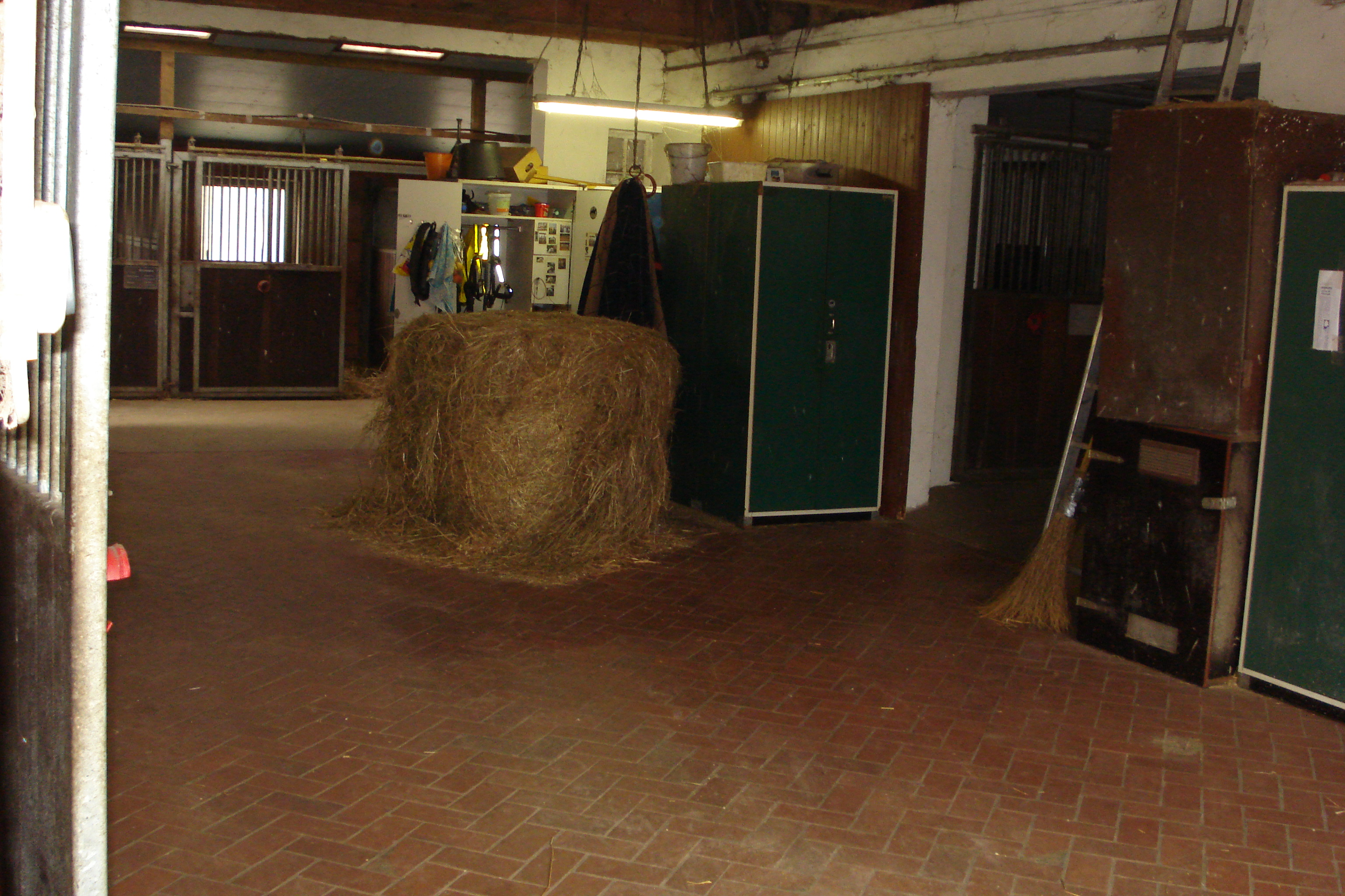 Stallgasse-Alter Pferdestall